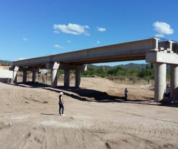 Puente sobre Río Quines, San Luis